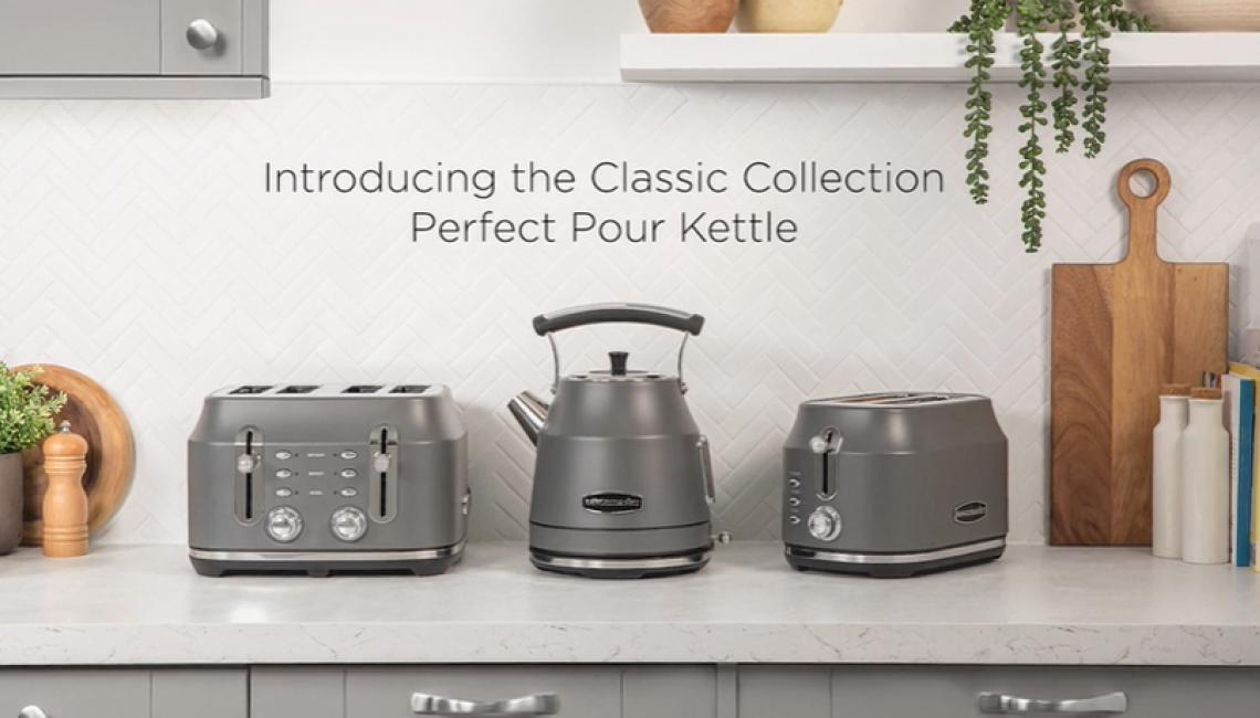 Rangemaster Classic Collection Perfect Pour Kettle in Cream, Grey and Black