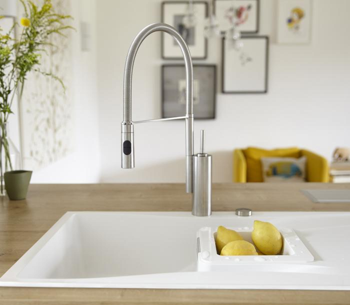 WATERFALL KITCHEN SINK